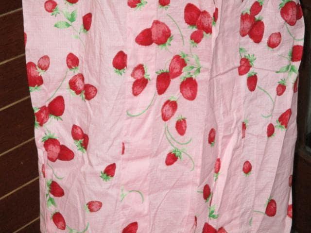 総イチゴ模様×ライトピンク*レディース浴衣*ラメ < 女性ファッションの